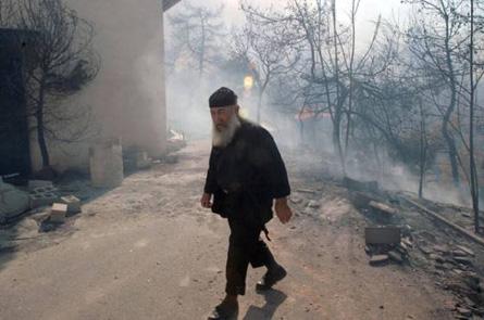 Greece fire 2007 Kaletsi Corinth © Athens News Agency