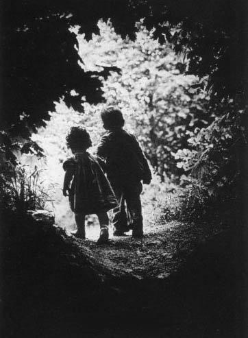 W.Eugene Smith - The Walk to Paradise Garden, New York 1946